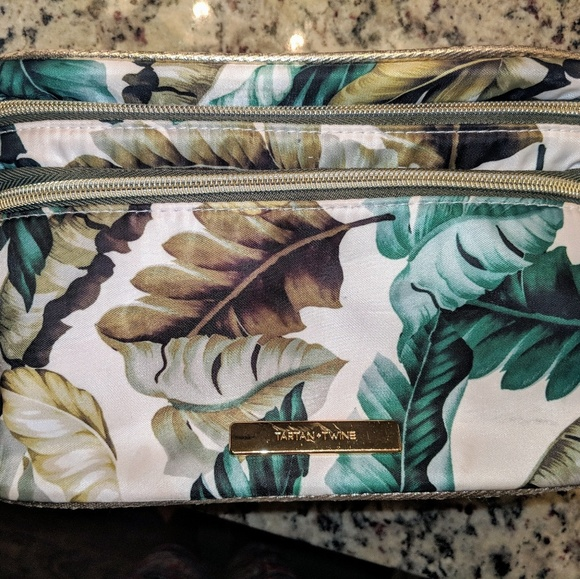 none Other - Makeup bag